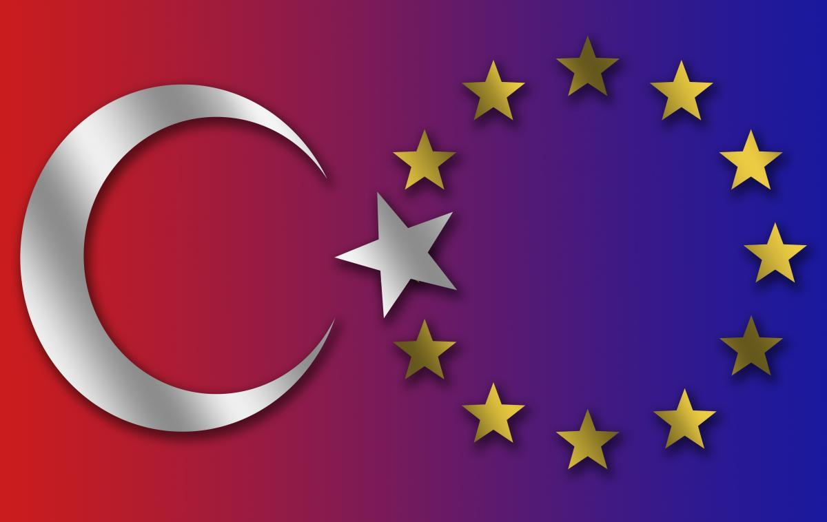 EU stars and Turkey cresent with merged star