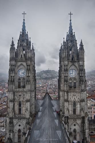 Basilica of the National Vote - Basilica del Voto Nacional, Quito, Ecuador (1) (1)