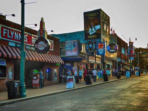 Beale-Street-Memphis-the-streets-are-paved-with-gold-12x (1)