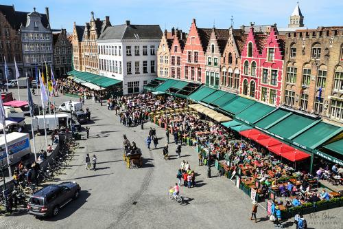 Bruges-market-12x
