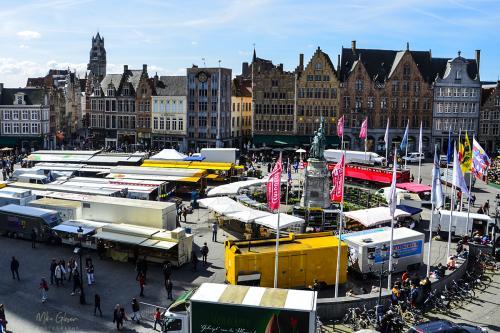Bruges-market-2-12x