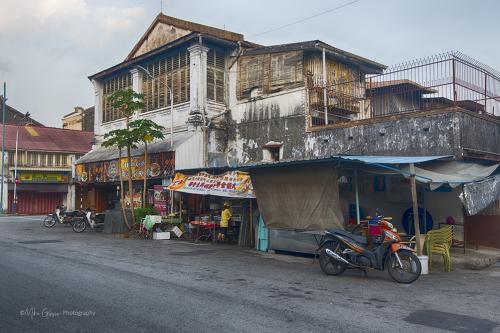 George-Town-street-12x
