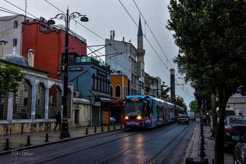 Istanbul-street-2-early-morning-with-tram-mgp