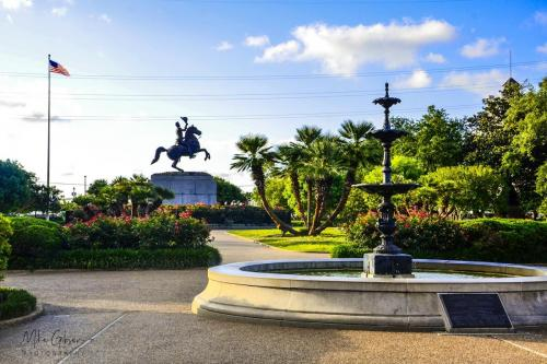 Jackson-Square-New-Orleans-12x18-1