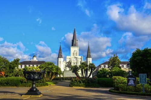 Jackson-Square-New-Orleans-12x18.-2-1