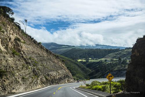 Quito highway 2
