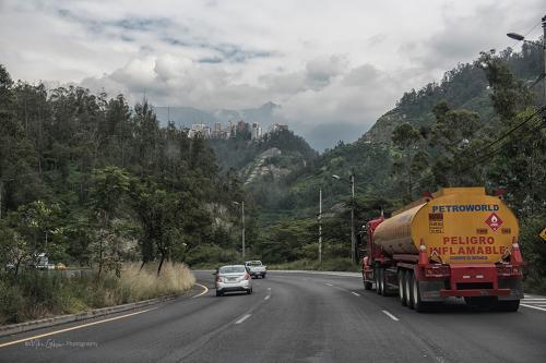 Quito road 2