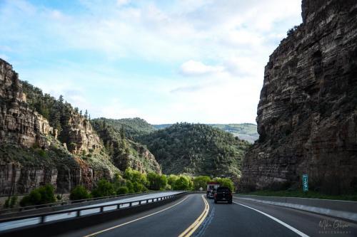 Road-tgo-Aspen-through-the-Rockies