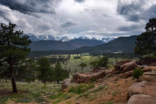 Rocky-Mountain-National-Park-valley-18x12-2048x2048