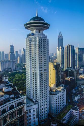 Shanghai-tower-2-12x18