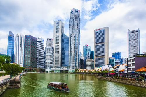 Singapore-river-with-ferry-12x8