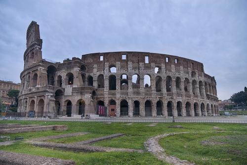 The-Colloseum-Rome-12x