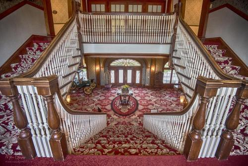 The-Stanley-Hotel-Estes-Park-central-staircase-2