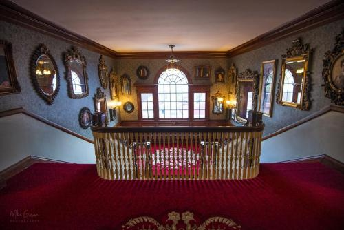 The-Stanley-Hotel-Estes-Park-central-staircase-3