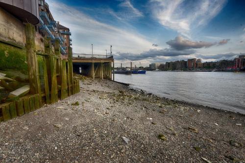 The-Thames-near-Tower-Bridge-12x18