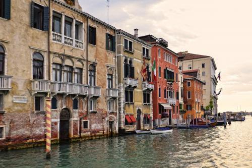 Venice-3-in