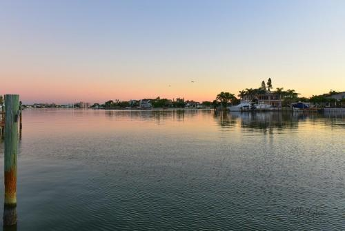 bayside-sunrise-treasure-island-5-crop-12x18
