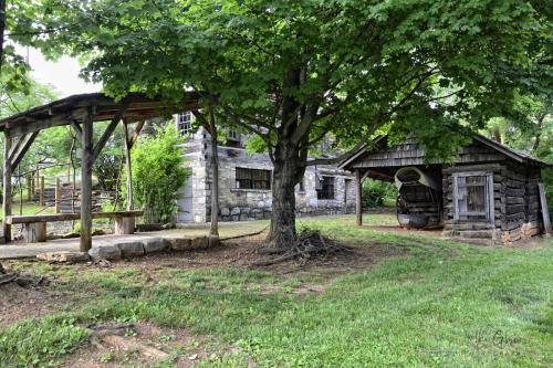crockett-house